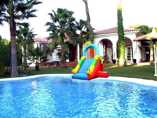 Tobogan inflable creativos argentinos for Tobogan piscina ninos